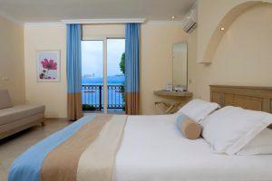 standard-room-overlooking